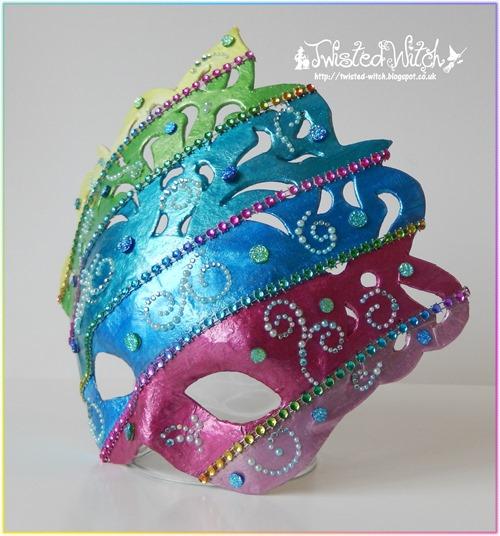 12 Masks L
