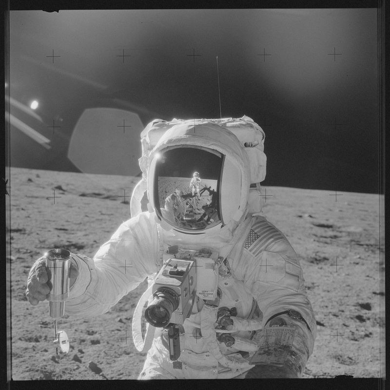 apollo-mission-images-4
