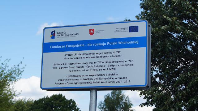 Jedziemy od Lublina w kierunku mostu w Kamieniu. Trasa zaczyna się odcinkiem 2.3 (Radawiec Duży - Bełżyce).  Kilka informacji o budowanej drodze można znaleźć tutaj:http://www.zdw.lublin.pl/infohtml/dw747/DW%20747%20-%20info%20zbiorowe%2025022015%20dla%20MIR.pdf