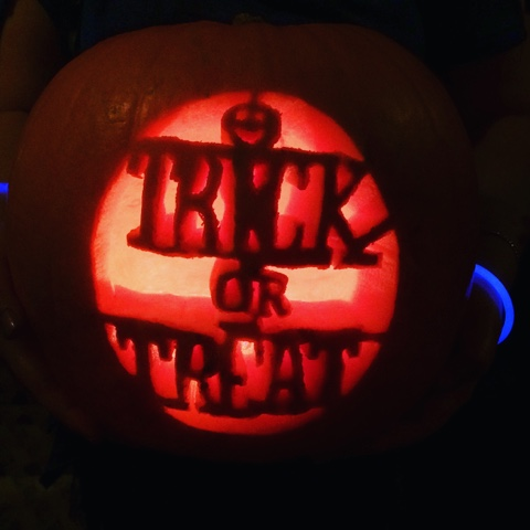 pumpkin-carving-halloween-trick-or-treat