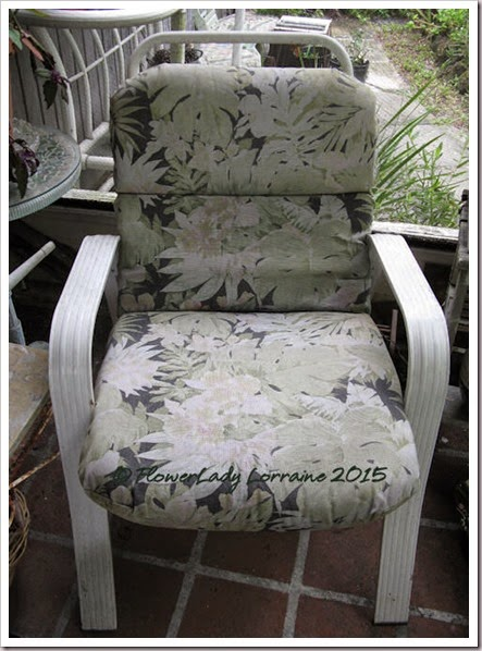 05-06-cushion3