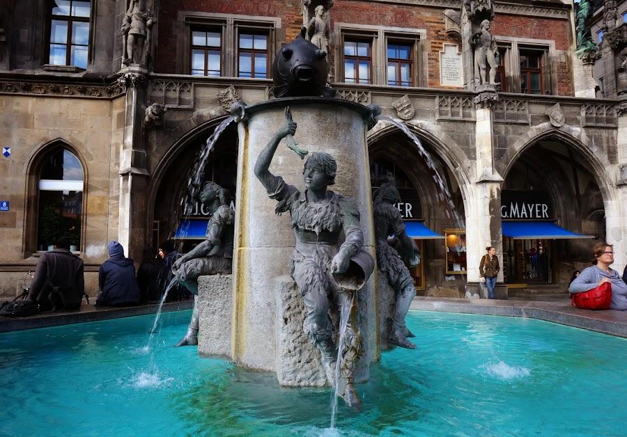 Рыбный фонтан Fischbrunnen