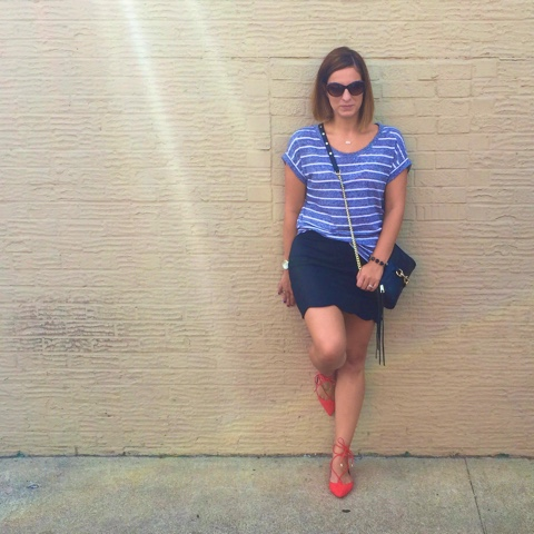 how to wear lace up flats, scallop mini skirt, black leather bag, sassy shoes