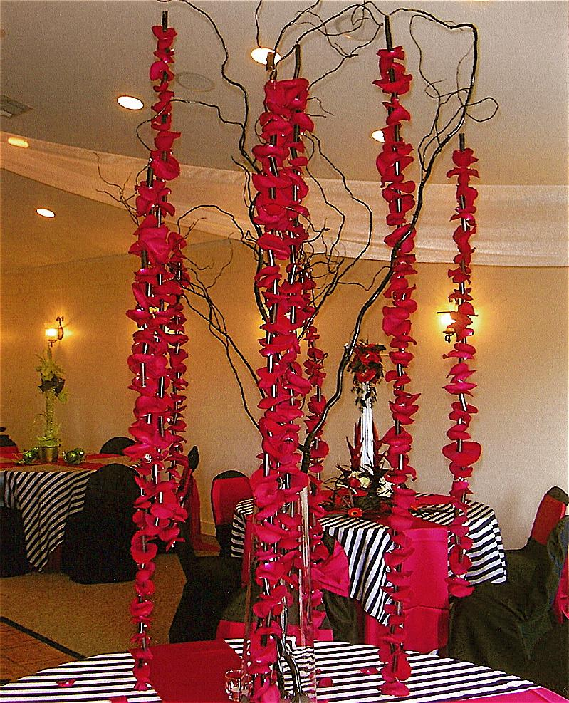 red roses wedding centerpieces