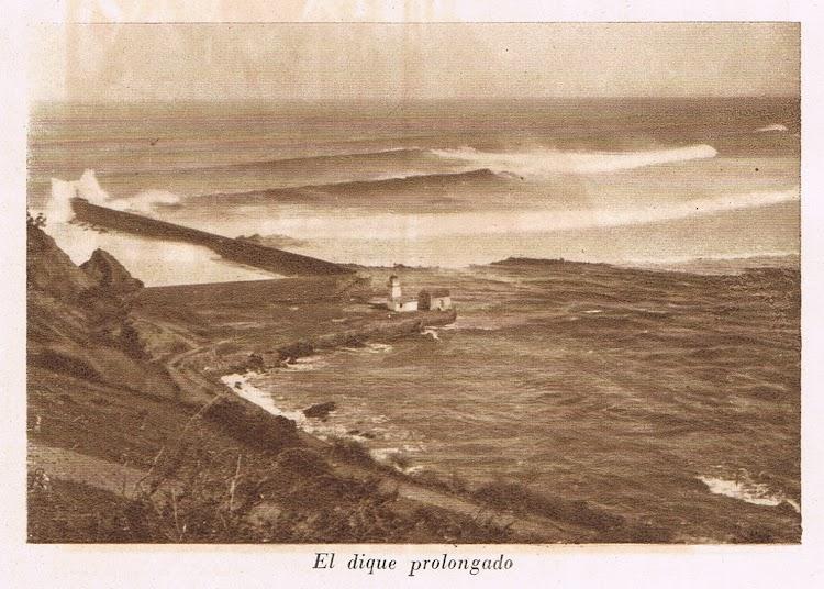 Impresionante vista de la barra de San Esteban de Pravia en el año 1923. Archivo José Suárez.jpg