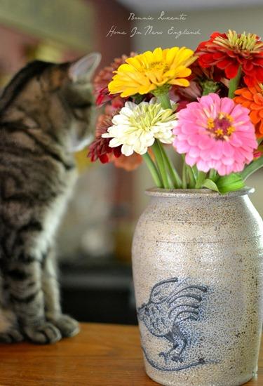 flowers kiki vase
