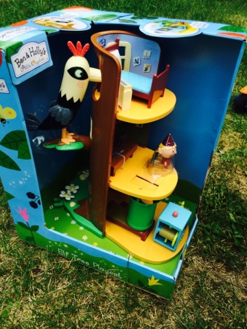 Ben and Holly Elf Tree Playset Review