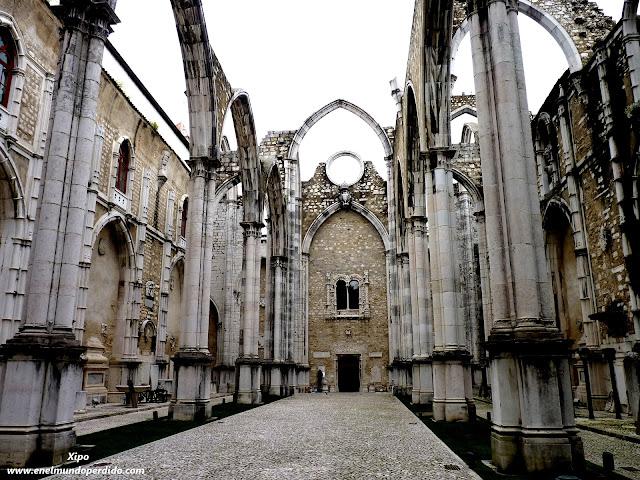 monasterio-do-carmo.JPG