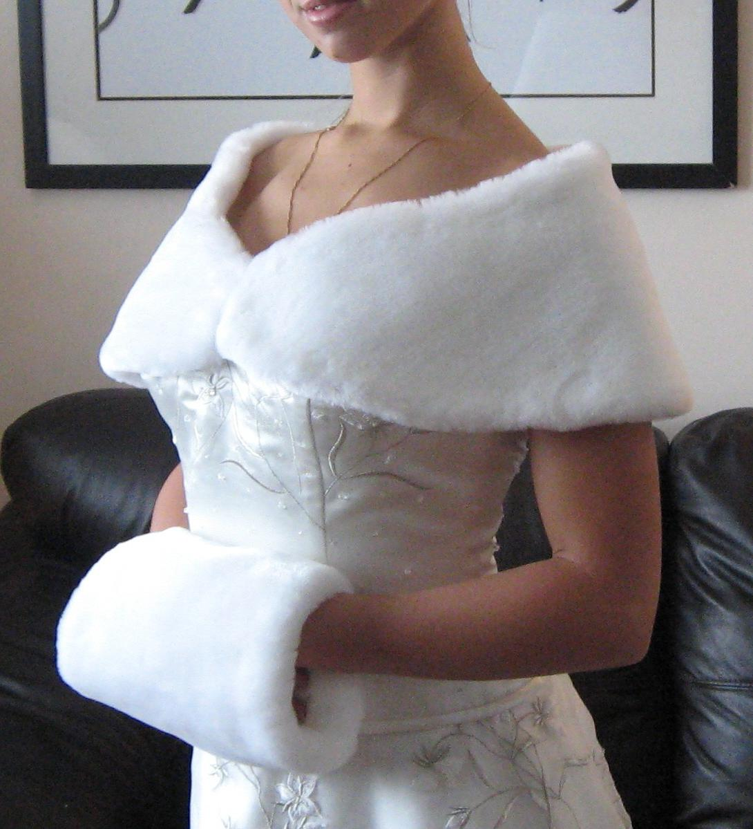 WHITE WEDDING FUR WRAP and