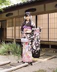 mizusawaNako_FS3-01_KimonoWalker#6_04.jpg