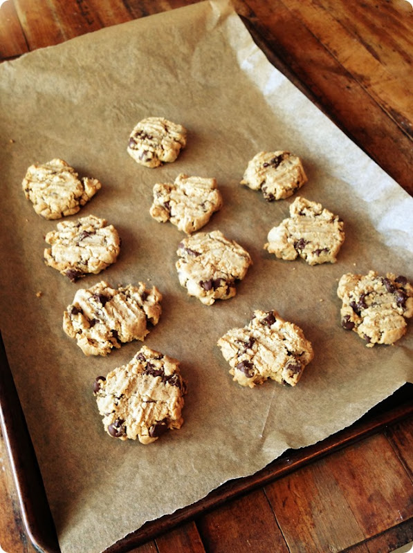 vegan cassava flour chocolate chip cookies