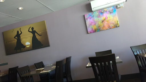Indian Fusion Restaurant, 2045 Lonsdale Ave, North Vancouver, BC V7M 2K4, Canada, Indian Restaurant, state British Columbia
