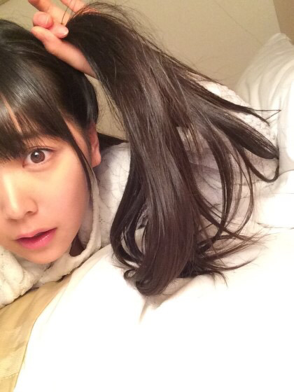 Kawaii_Japanese_Girl_Idol_having_beautiful_eyes