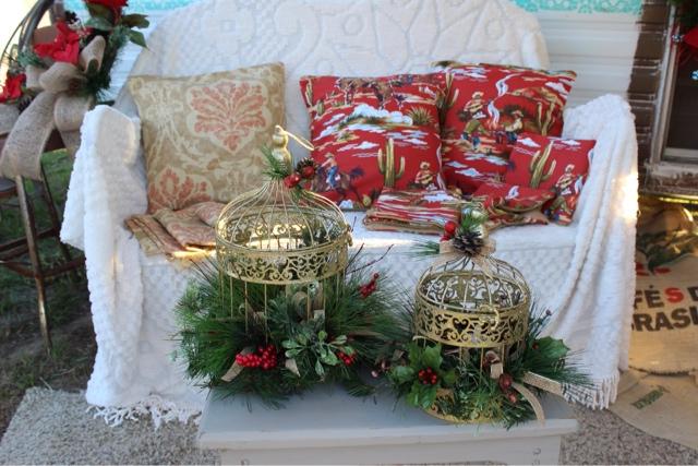 burlap arrangements and rustic home decor