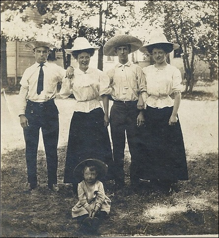 PICKARD_JamesFred_LINDSAY_Ellen_GOULD_HarryW_LINDSAY_Marie in hats_Harriet in front maybe_cropped