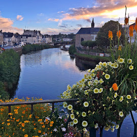 Pontivy, comme il est joli by Ciprian Apetrei - Instagram & Mobile iPhone ( mobile photos, brittany, bridge, cityscape, flowers )