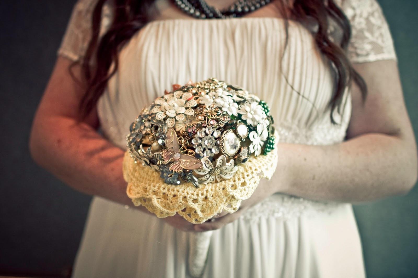 Wedding Crafts     Brooch