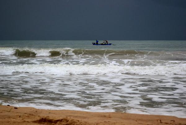 Рыбаки в океане, Шри Ланка