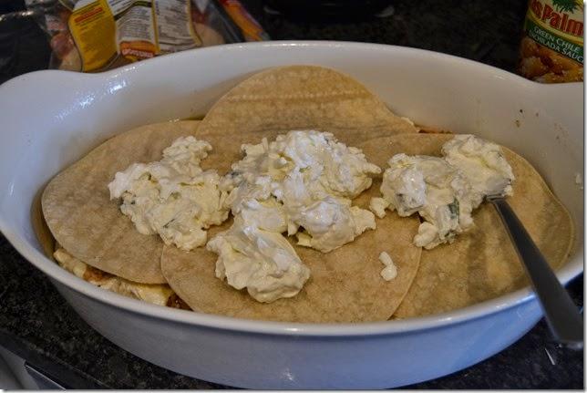 Green-Chile-Chicken-Enchilada-Casserole-Recipe-Steps (9)