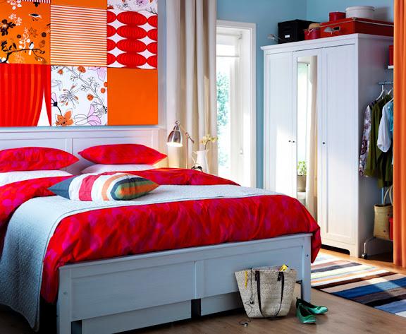 Mit Textilien bringen Sie leicht Farbe in Ihr Schlafzimmer. www.dekomilch.de