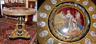 Изумительный стол с фарфоровыми вставками. Севрский фарфор. 19-й век. Позолоченная бронза, Севрский расписной фарфор. 29000 евро.