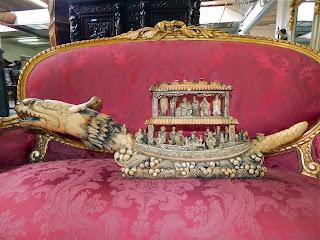 """Дракон-лодка"". Бивень слона. Резьба. 19-й век. 93/30 см. 7500 евро."