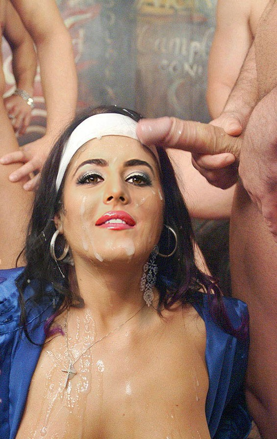 Bollywood actress cum on face tell