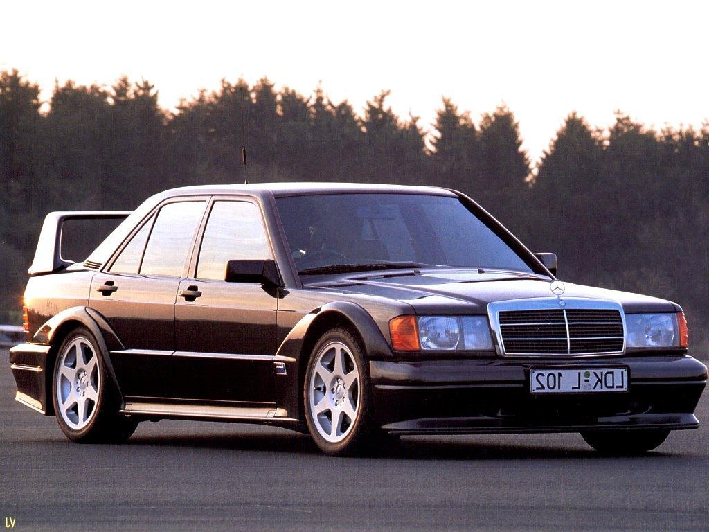 Mercedes 190 W201  z drugiej