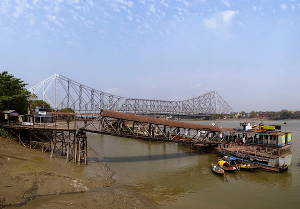 Kolkata Howrah bridge калькутта река мост ховрах паром
