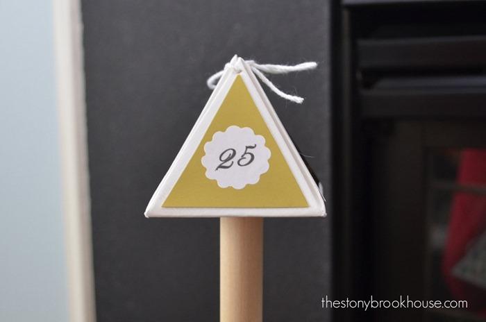 Triangle Box 25