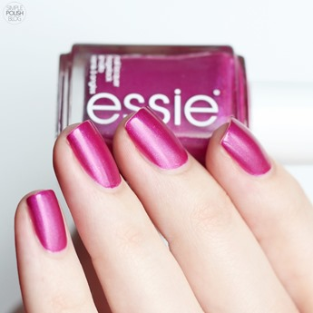 Essie-Jamaica-me-crazy-swatch-review-4