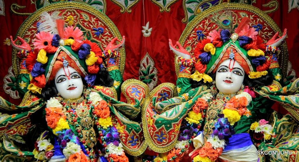 ISKCON Juhu Sringar Deity Darshan 09 Feb 16 (41)