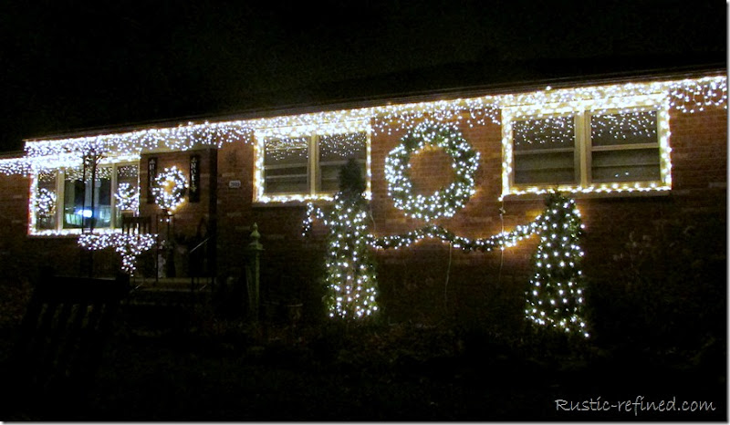 Decorating the front porch for Christmas and Outdoor Christmas Lights - Rustic & Refined