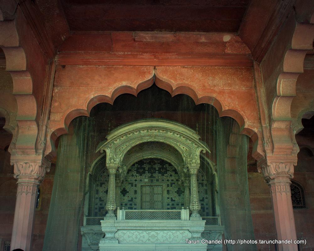 Takth-e-Taus, Red Fort, Tarun Chandel Photoblog
