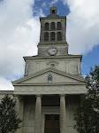En zo zit de 12e zonnewijzer op de kerk.