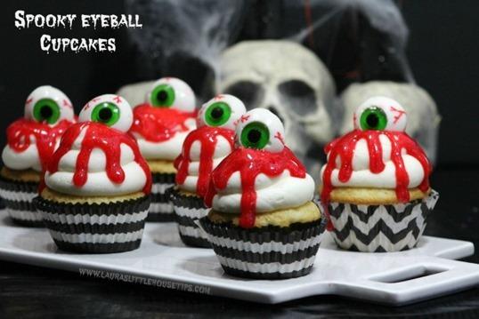 Spooky-Eyeball-Cupcakes-1