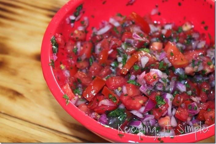 Copycat-Cafe-Rio-Sweet-Pork-Salad-with-Cilantro-Ranch-Dressing (1)