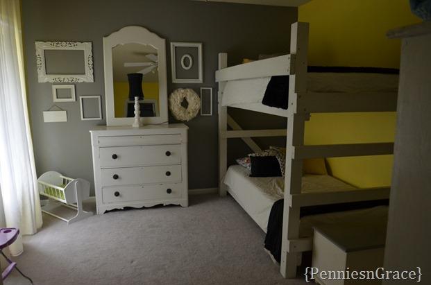 girls room (3)
