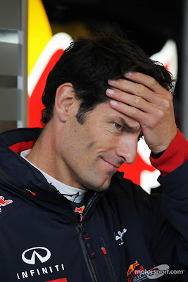 Марк Уэббер фэйспалмит на Гран-при Бельгии 2012
