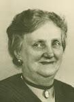 Johanna Maria Sernée * 30-04-1879 in Haarlem † 09-02-1954 in Bloemendaal Beroep: kapster gehuwd met Johannes Marie Hulsman