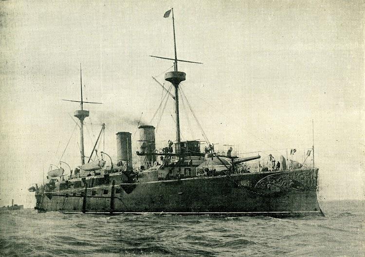18-Le croisseur cuirassé de 7000 tonneaux, la VIZCAYA, de la Marine espagnole. Foto West & Son. LE YACHT. Nº 1058. 1898.jpg