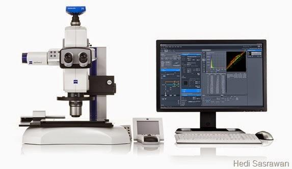 Mikroskop stereo dengan kamera CCD dan monitor