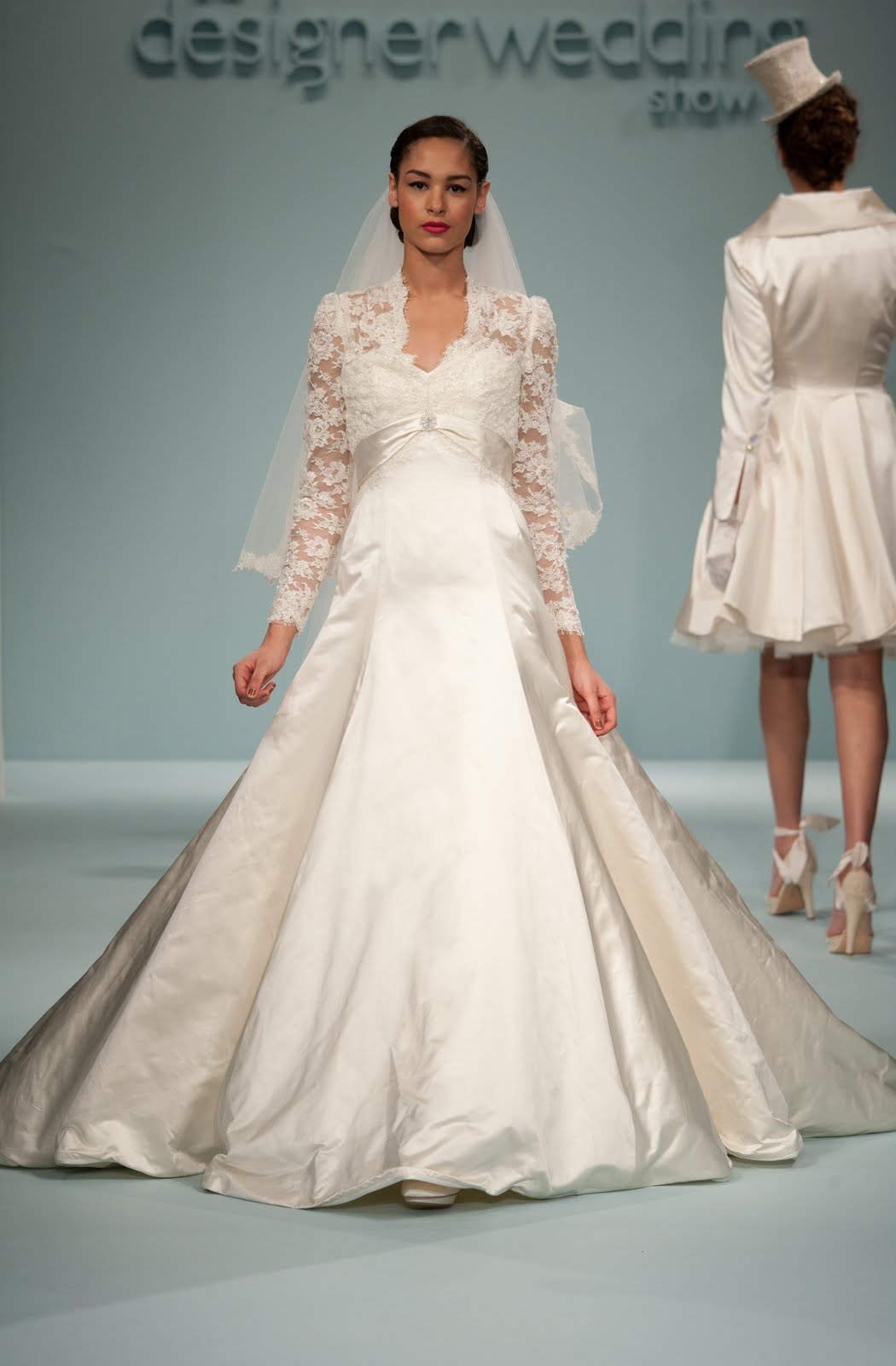 autumn wedding dresses 2011