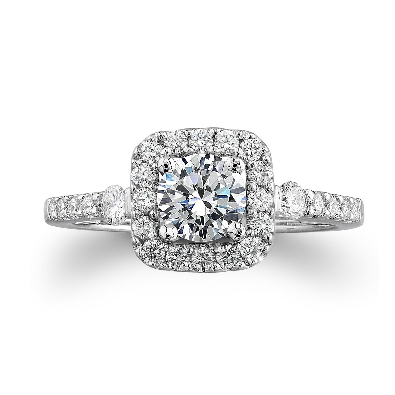 Engagement Ring Carat Weight: