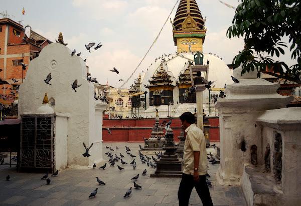 Катесимбу ступа буддизм