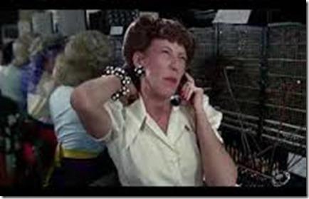 Lily-Tomlin-phone-operator-Ernestine