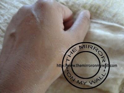 Garnier Pure Active Pore Unclogging Wash6.JPG