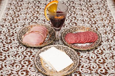 глинтвейн и холодные закуски
