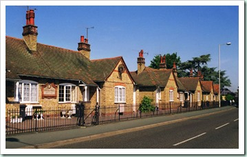 01_kings_cottages_400px