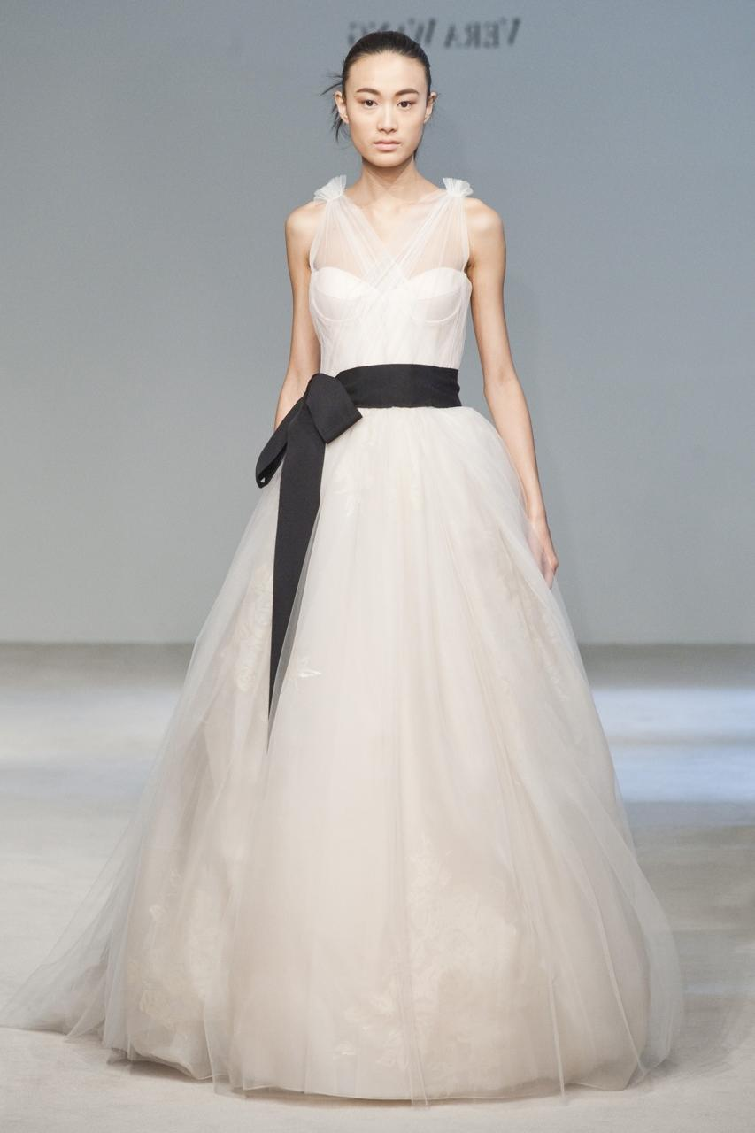 Vera Wang Unique Wedding Gown